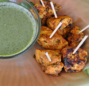 Chicken Tika with Mint Chutney